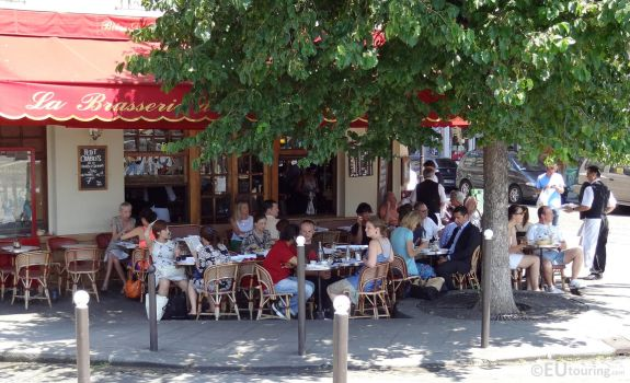 Brasserie in Paris by EUtouring
