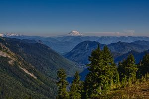Mount Adams from Pinnacle Peak by arnaudperret