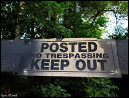 KEEP OUT by luv-maiki
