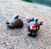 Cute Rudolph Earrings (fake plugs) by alliemattable