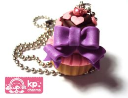 ribbon cupcake1 by KPcharms