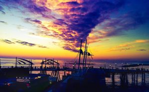 Harbor Sunset by Izzie-Hill