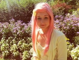 Fluttershy cosplay by XKazekiX