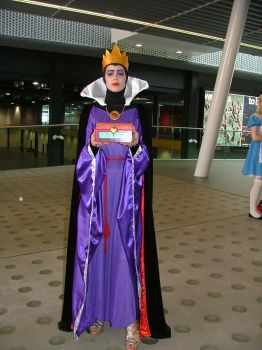 MCM Expo: The Queen by LabyrinthLadyLover