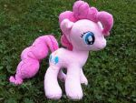 Pinkie Pie Commission for Rahheemme by caashley