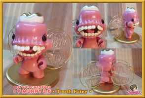 IloveMUNNY_ Tooth Fairy by gyanax