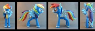 Wonderbolt Rainbow Dash by krowzivitch