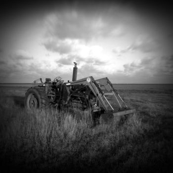 Tractor by xDewdropx