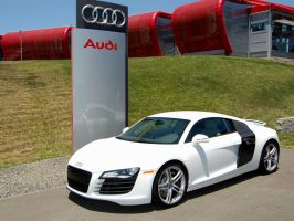 white Audi R8 at Infineon by Partywave