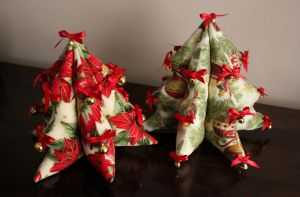Fabric Christmas trees by purpleniya