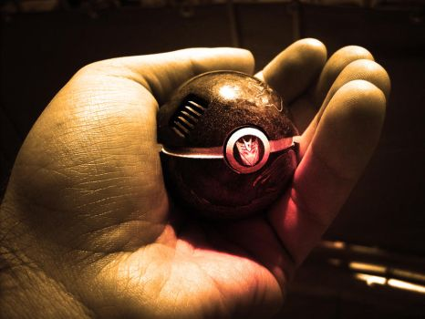 The Pokeball of Megatron by wazzy88