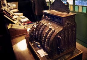 Old Cash Register by Bengalensis