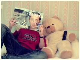 Schizo and the Teddybear by Kafein