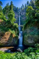 Multnomah Falls by arnaudperret