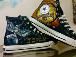 Handpainted Mockingjay Catching Fire on Converse by alcat2021