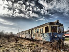 Abandoned train by MaestroDD