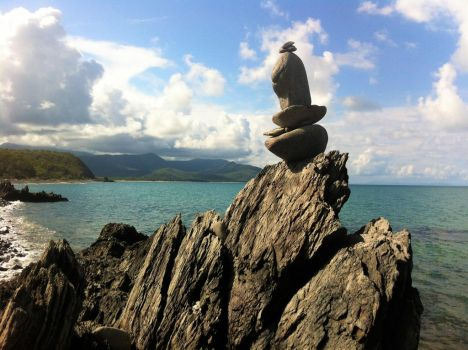 Inuksuk of the tropics. by NinthTome