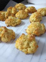 Cheddar Biscuits by dragoon811