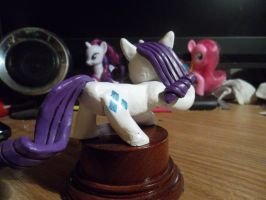 Rarity statuette painted 2 by McMesser