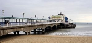 Bournemouth pier.. by awjay