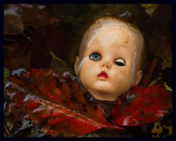 doll head by Slopjockey
