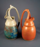 Split-handle pitchers by Nudessence