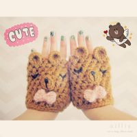 cute bear fingerless gloves by hellohappycrafts