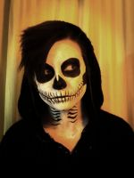 My Skeletal Face by GaBrIeLlA123