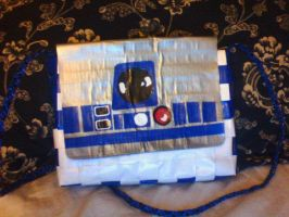 R2D2 Duct Tape Purse by UnderCoverCottonswab