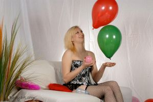 Balloon Popping - 03 - Juggler by Bodyartist