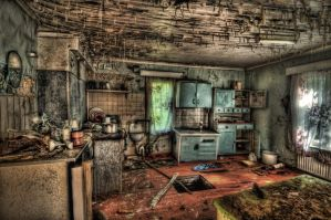 Abandoned house HDR workshop by cenkakyildiz
