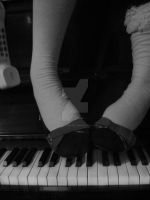 piano keys+forgotten memories by ttkphotography