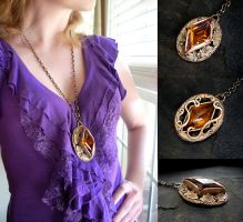 Bonnie's Amber Crystal Necklace by Gweyeni