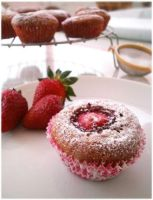 Strawberry Muffins by MeYaIeM