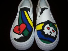 Custom Shoes: Heart and Skull by kustom-kicks