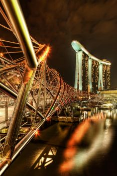 Marina Bay Sands by linkahwai