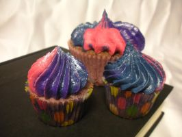 Twilight Sparkle Cupcake by HarmonicCosplay