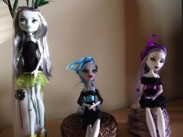 Three graces :) by SomeKindOfMonsters