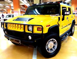 Yellow Hummer by toyonda
