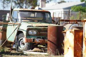 Rusting... by Buggie1112