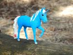 Blue unicorn figurine by koshka741