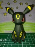 Cute umbreon papercraft by Marlous2604
