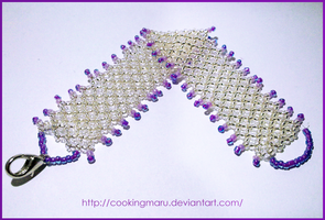 Bracelet made with beads by CookingMaru
