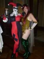 Harley and Ivy Emerge by theprincessbee