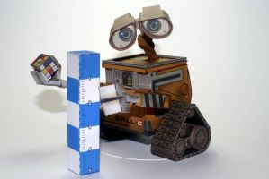 Wall-e from paper-replika by airasumi