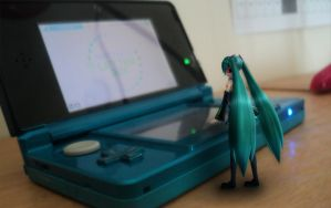 Miku is playing by Vocalizer