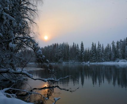 a quiet winter evening by KariLiimatainen