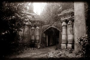 Enter the Egyptian Avenue by thren0dy