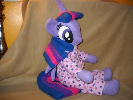 Twilight Sparkle Is Ready For Bed in a better pic by digigirl789