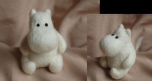 Moomin needle felt by ChloeNArt
